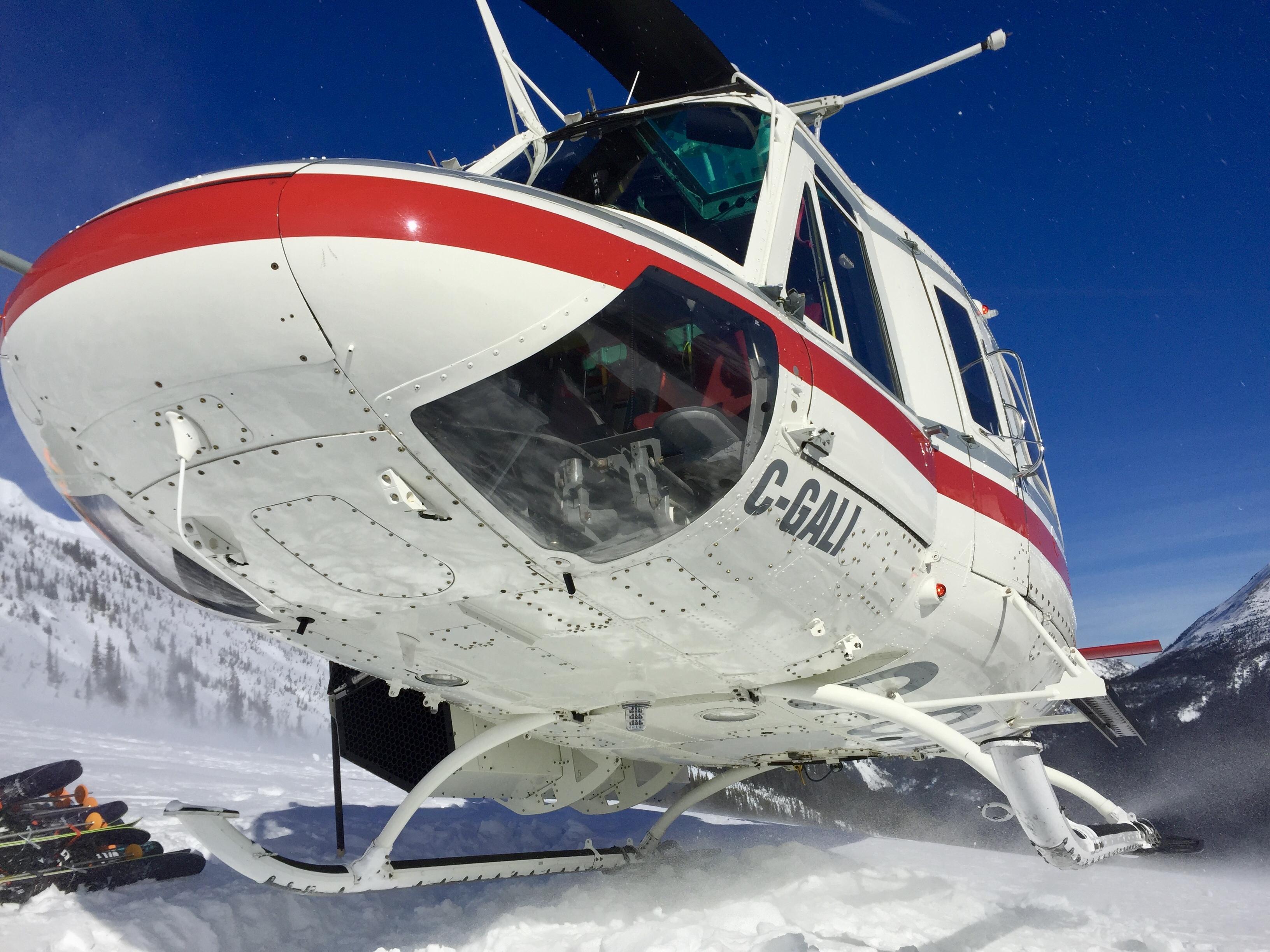 Adrénaline travaille avec les meilleures compagnies d'hélicoptères de Suisse.